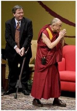 Dalai_lama_in_seatle